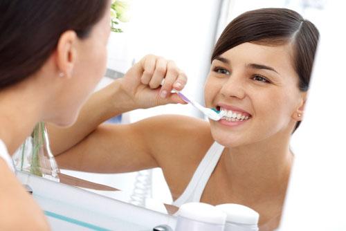 歯列矯正中の歯磨き方法