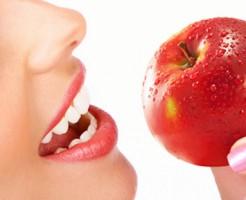 食べ物で歯を白くする